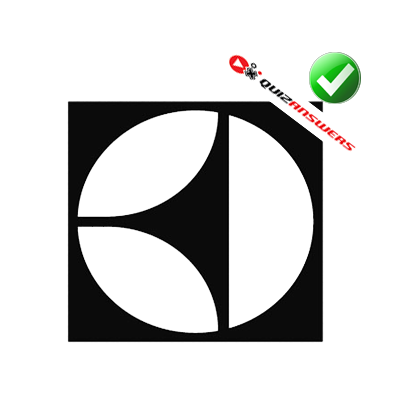 black-three-pointed-shape-white-circle-black-background-logo-quiz.png