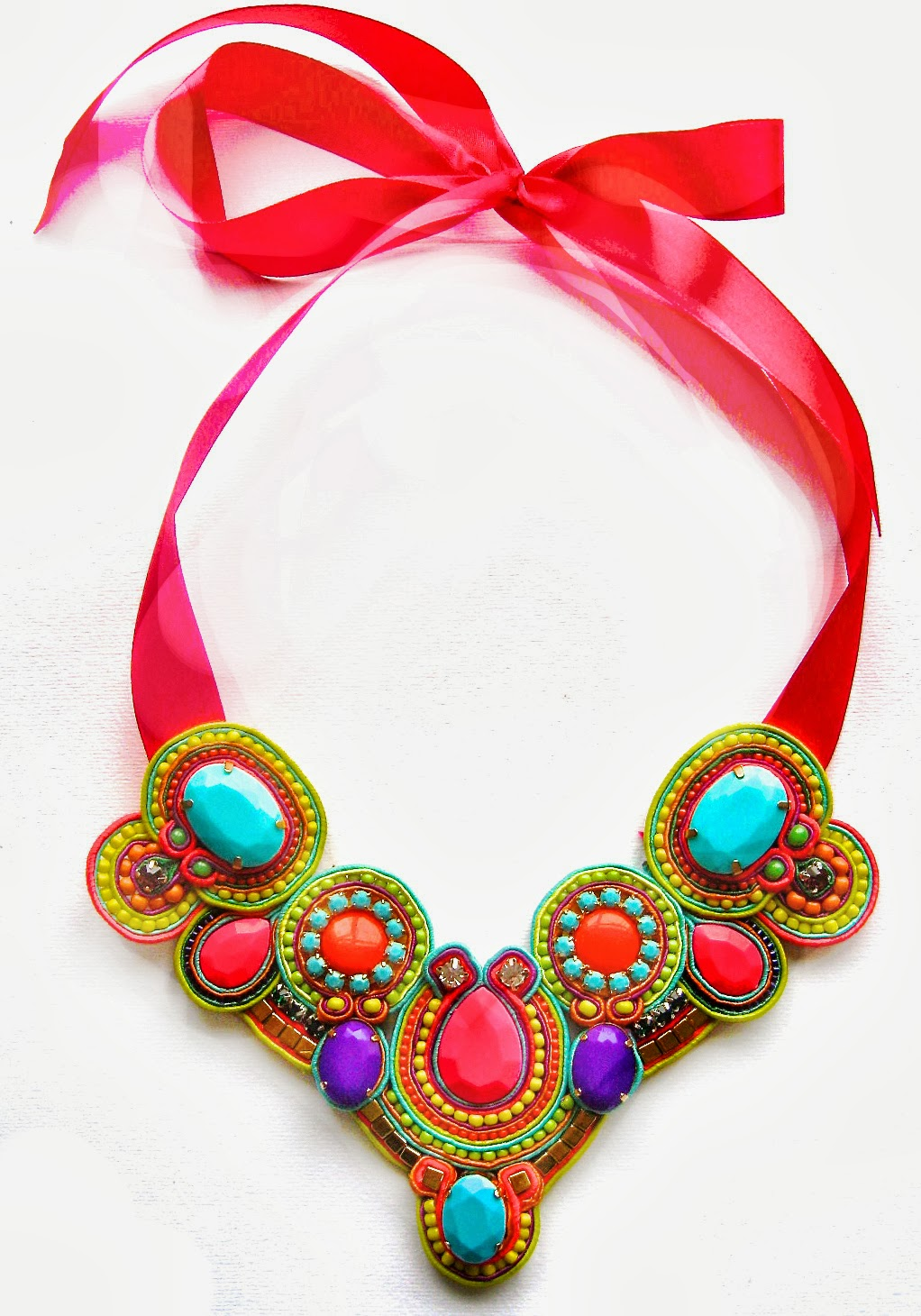Shop Hunting Divas: Black Market Jewels - No Need for Words